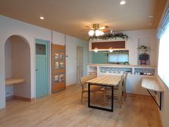 【葵区新伝馬】 天然木と塗り壁で仕上げる 「カフェのようなかわいい家」 オープンハウスのご案内