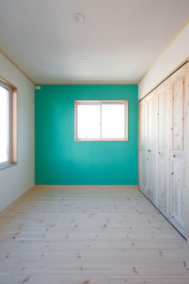 Dサポート【自然素材、間取り、ガレージ】東北新幹線が大好きな長男。子ども部屋の塗り壁の色は、「はやぶさカラー」を自らチョイス