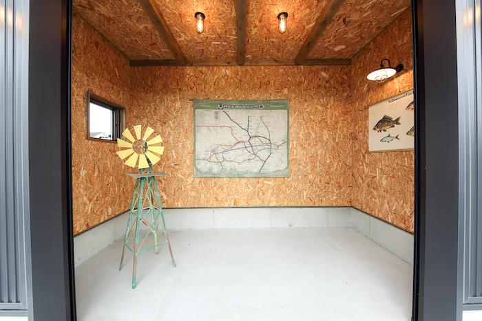 BinO静岡 長田建設【デザイン住宅、平屋、1000万円台】ガレージには、釣りが趣味のご主人の釣り道具も収納