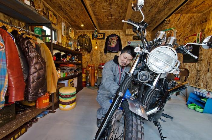 BinO静岡 長田建設【スキップフロア、ガレージ、1000万円台】自分だけのガレージ。アメリカン雑貨を集めたり、飾ったり。大好きなバイクを眺めたり、いじったり。ご主人お気に入りの場所