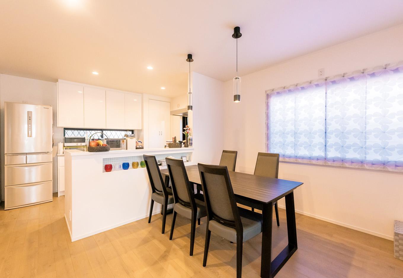 納得住宅工房|キッチンを対面式に変えたことで、奥さまの料理タイムも楽しくなった
