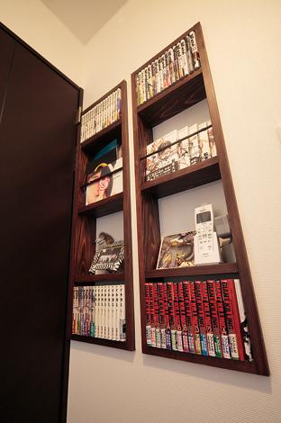 アトリエサクラ【1000万円台、デザイン住宅、自然素材】ニッチやマガジンラックが随所に。見せる収納が視覚的な楽しさを生む