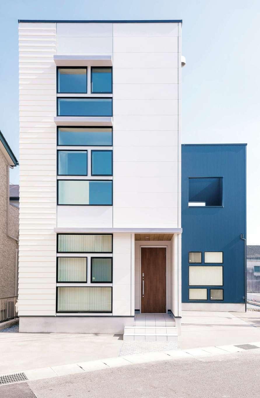 三和建設【デザイン住宅、子育て、間取り】さまざまな四角形の組み合わせで、すっきりとしたフォルムを実現した、ユニークな外観