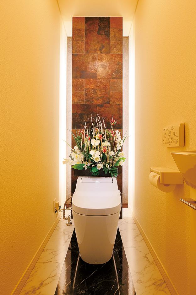 ゲストの誰もが「すごーい」と驚くホテルライクなトイレは『アリア ンス』の真骨頂。「トイレは魅せるものではない」というネガティブな固定概念を完璧に覆した