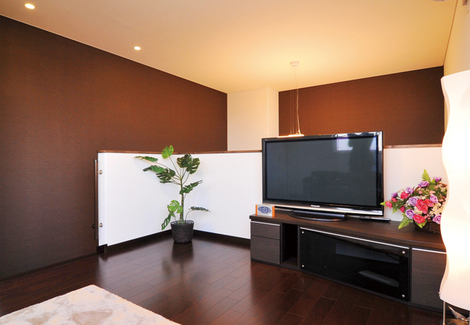 住宅工房 アリアンス【デザイン住宅、省エネ、間取り】寝室からアプローチする2階リビング