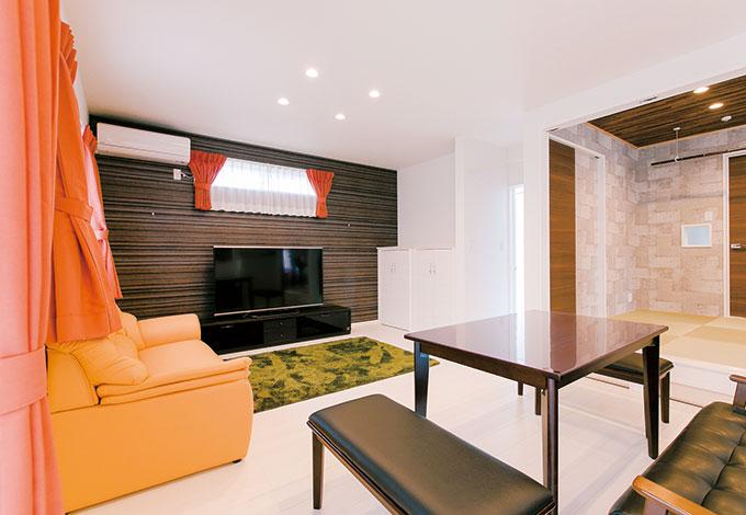 ホームアシスト【1000万円台、子育て、間取り】隣家の視線を考慮して高窓に。エアコン、照明、カーテンも価格内で標準装備されている