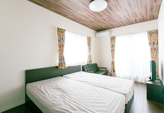 ホームアシスト【1000万円台、子育て、間取り】寝室は天井と床をシックな色調にして落ち着いた雰囲気に