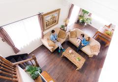 オークの床が風景に馴染む ずっと暮らしていたい家