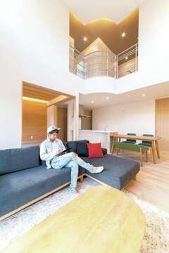 本物の素材で快適に暮らす。ハイデザインの店舗兼住宅
