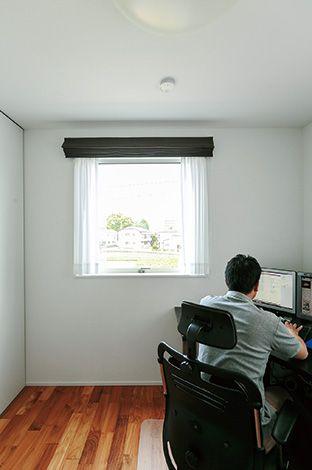 芹工務店【デザイン住宅、子育て、省エネ】高い住宅性能のおかげで2階でも大きな温度差 を感じることはないそう