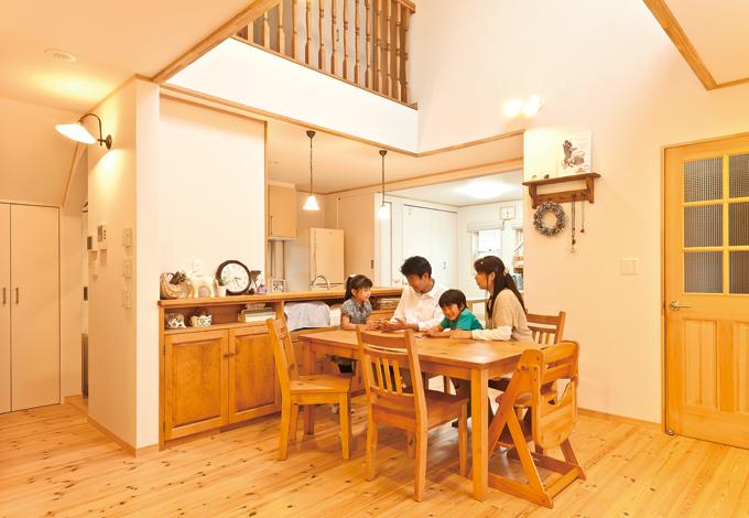 ナチュラル、快適、家族の時間お気に入りを集めた家