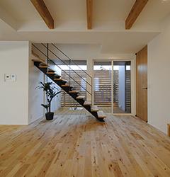 ●完成見学会●冬こそあったか『健康デザイン住宅』オール漆喰&無垢床の家