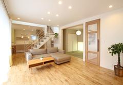 家族や友人が集まる広々空間 「エアー断震システム」で安心して暮らせる家