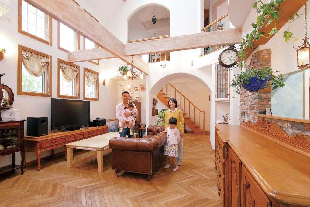 アンティーク家具が似合うコッツウォルズの家