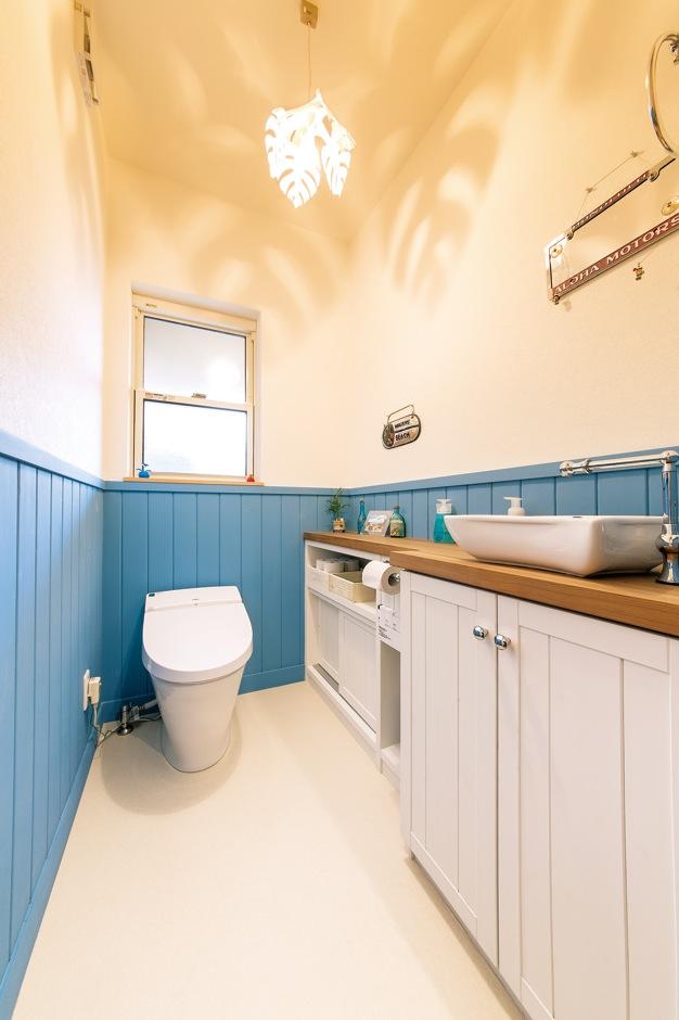 富士ホームズデザイン【デザイン住宅、趣味、建築家】白い雲と青い海、白い砂浜。ワイキキビーチをイメージしたデザイン