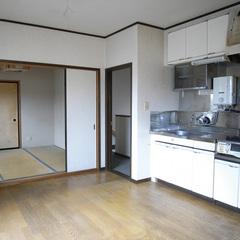 2世帯住宅として利用されていたため、2階にもキッチンが備えつけられていた