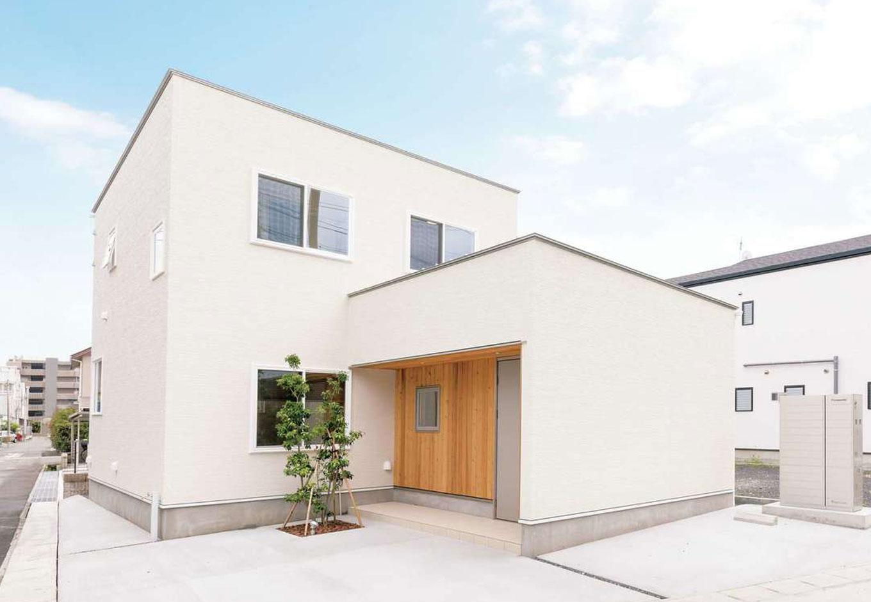 暮らしに合わせた収納と動線、デザインで理想をカタチにした家