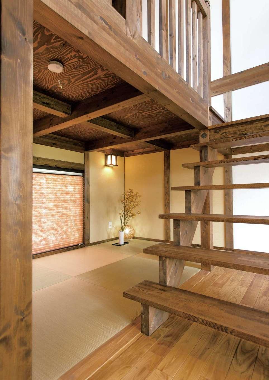 サイエンスホーム【1000万円台、デザイン住宅、自然素材】階段下のデッドスペースを活かした畳コーナー