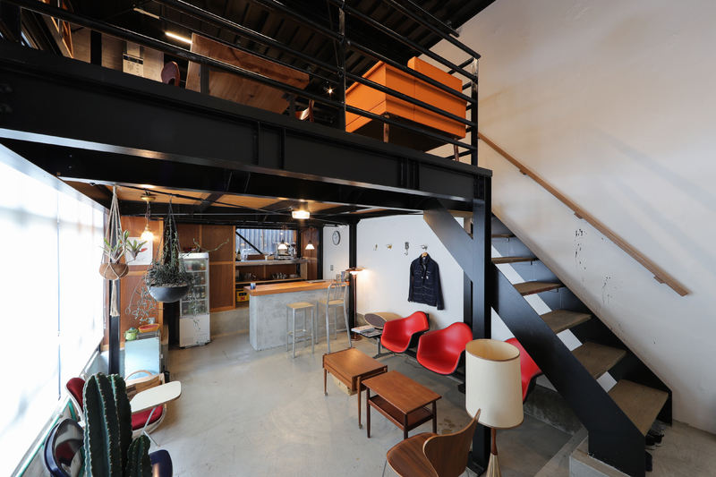 ★ヴィンテージ家具のあるカフェ風オフィスで、気軽に家づくり相談★