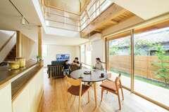 精緻な設計と性能の上質な味わい 家族にぴたりと「馴染む家」
