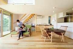 小さく建てて豊かに暮らす 住んでみて良さを実感する家