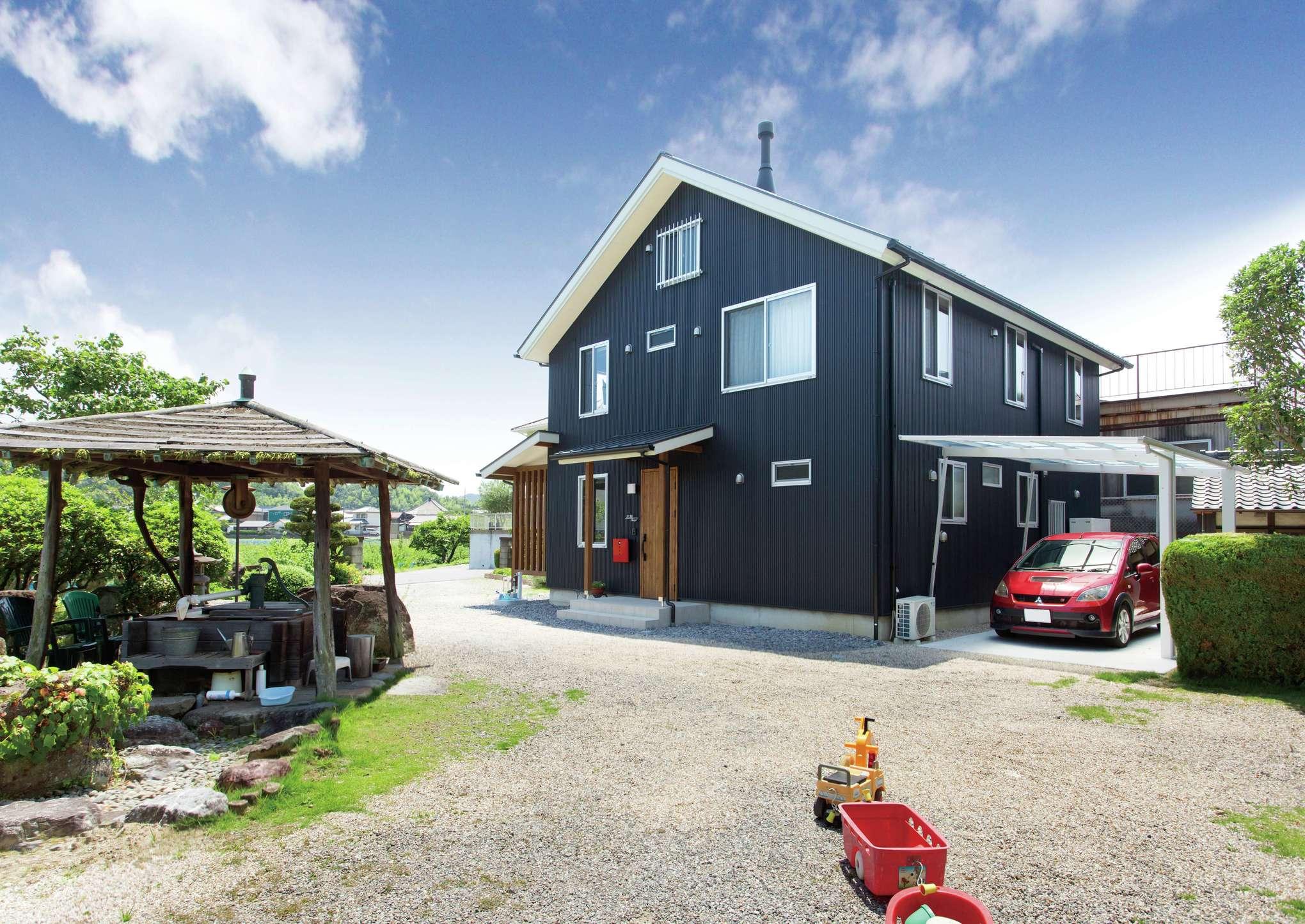サイエンスホーム【デザイン住宅、自然素材、間取り】飽きのこないシンプルモダンな外観デザインは、外から帰ってくるたびにホッとする