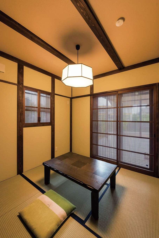 片山建設【デザイン住宅、自然素材、夫婦で暮らす】千本格子がしっとりとした雰囲気の和室。将来は寝室として使う予定
