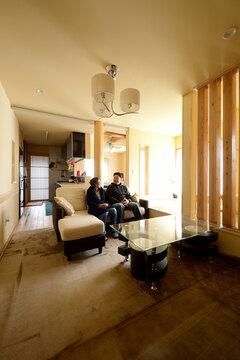 三世代が永く安心して住み継げる大規模改修のリセット住宅