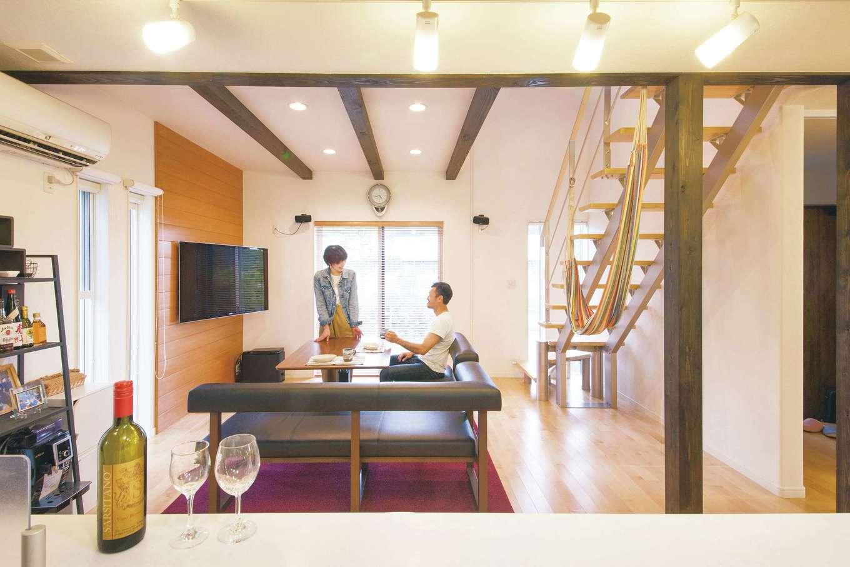 原田工務店【デザイン住宅、自然素材、省エネ】吹付け断熱、樹脂サッシなどの効果でC値0.4という高い気密性を誇る