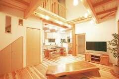 まるごと自然素材で心も体も癒される2世帯住宅