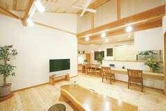 自分らしい暮らしを楽しむ自然素材の2世帯住宅