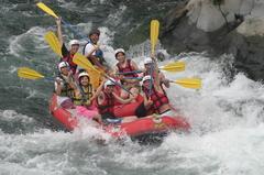 日本三大急流の富士川でのラフティング