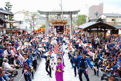 山車や地踊りが見事な、三年に一度の藤枝大祭り(写真提供:藤枝市)