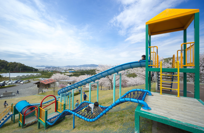 春のとよおか湖公園(写真提供:蒲郡市)