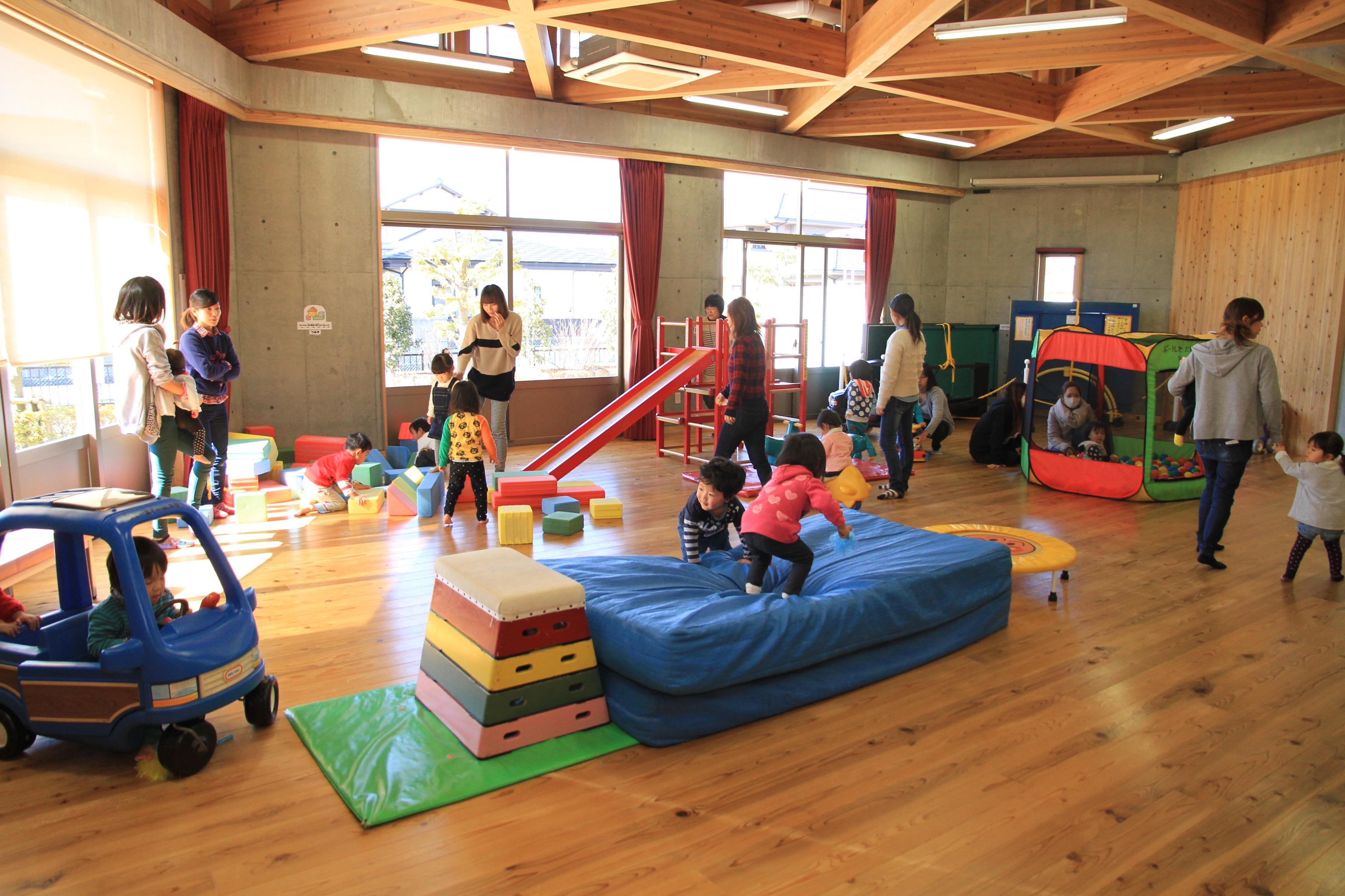 児童館(写真提供:菊川市)
