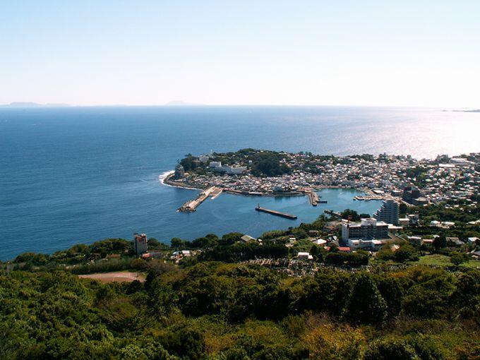 潮の香り漂う稲取漁港(写真提供:東伊豆町)