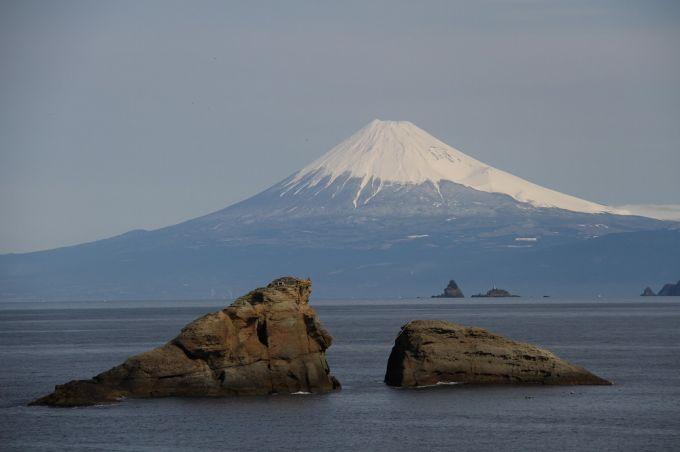 雲見海岸からの富士山(写真提供:松崎町)