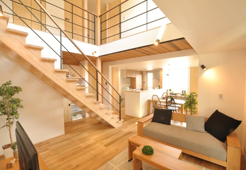 趣味とデザイン、機能性に優れた、小さくて心地いい家