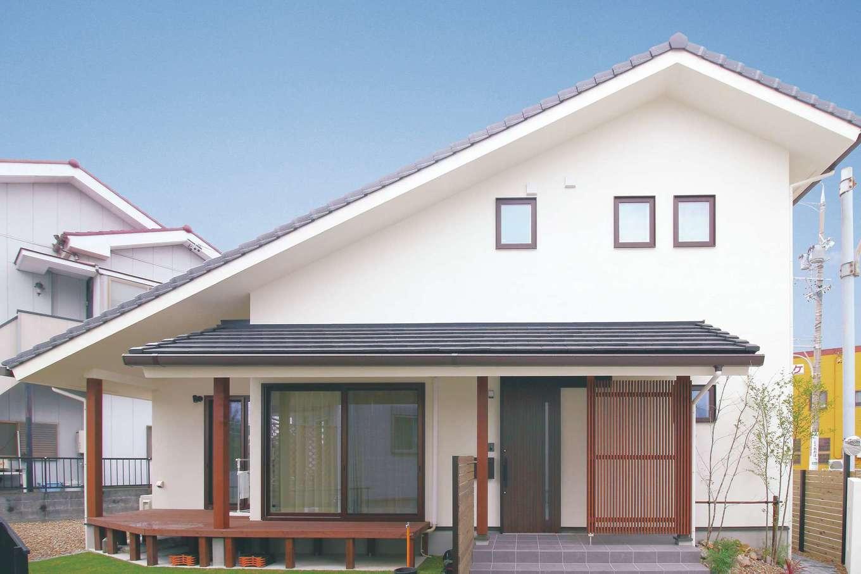 アイジースタイルハウス【デザイン住宅、自然素材、省エネ】片流れ&大屋根の和モダンの外観
