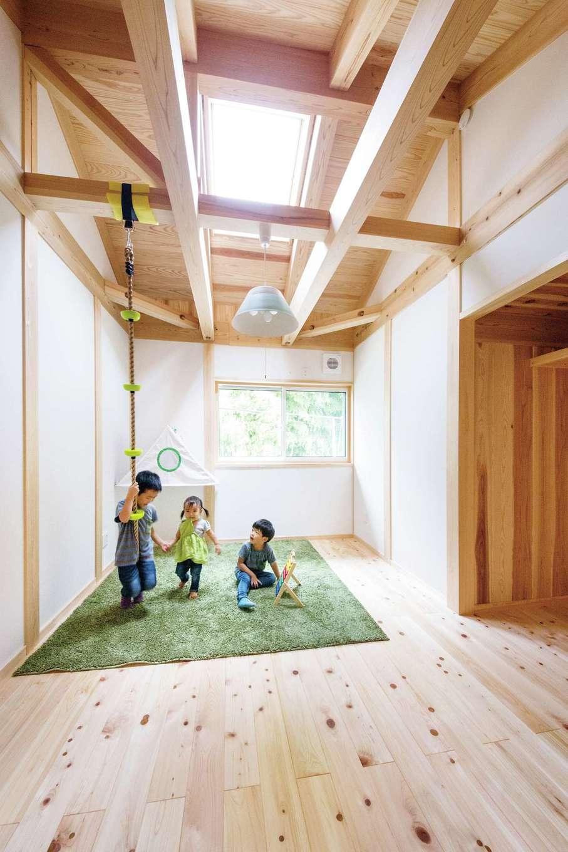 住まい工房 整建【新城市八束穂・モデルハウス】2階子ども室は天窓付きで広々