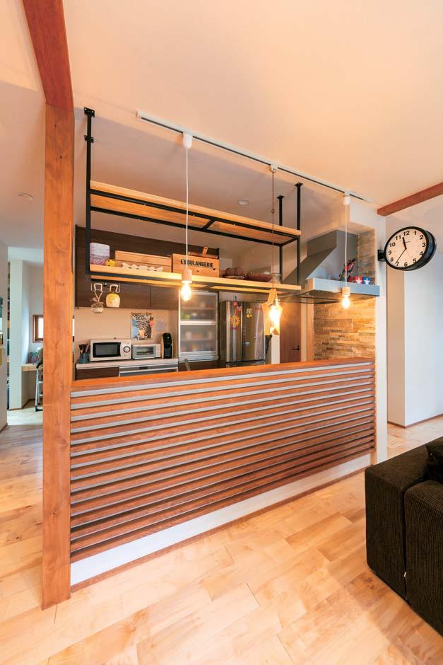 西川建設~Life is Dream~【子育て、収納力、間取り】飲食店のような感じで、と奥さまがオーダーしたキッチンカウンター