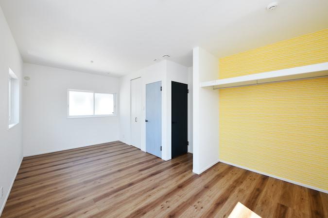 WAKO/和光地所【デザイン住宅、収納力、間取り】子ども部屋はコンセントや家具の位置を工夫し、将来個室が必要になった時に分けられるようにした