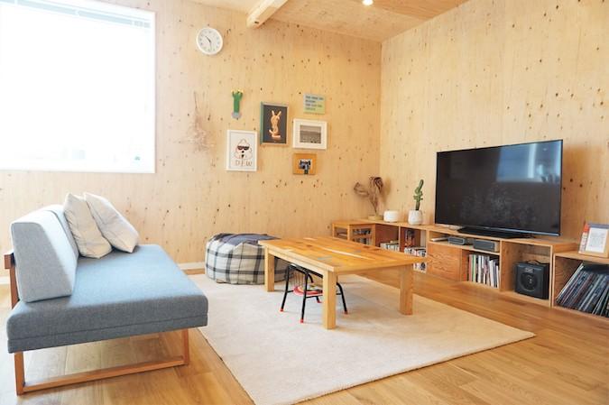 WAKO/和光地所【デザイン住宅、趣味、間取り】ご主人手作りの空間とマッチしたTVボード