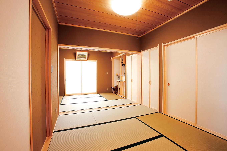 アキヤマ【デザイン住宅、子育て、省エネ】和室は祖父母用と来客用の2間。それぞれに電動の畳下収納を設けた