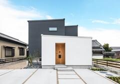 Gate air house/阿部住宅