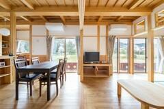 一級建築士の自邸公開中♪長期優良・漆喰壁・無垢床・耐震等級3・完全手刻みの家