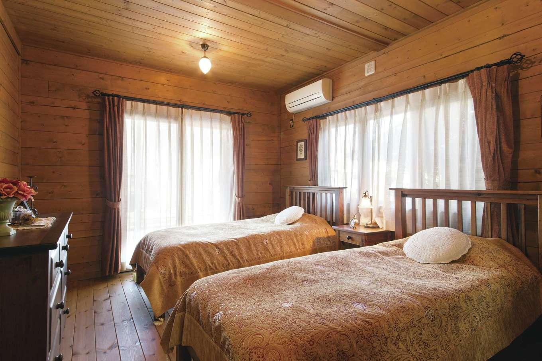 BESS浜松【浜松市西区志都呂1-22-19・モデルハウス】「カントリーログ」は大きさ、間取りの違う5タイプを用意。このモデルハウスは1階LDKの隣に寝室があり、ウッドデッキに繋がる造り