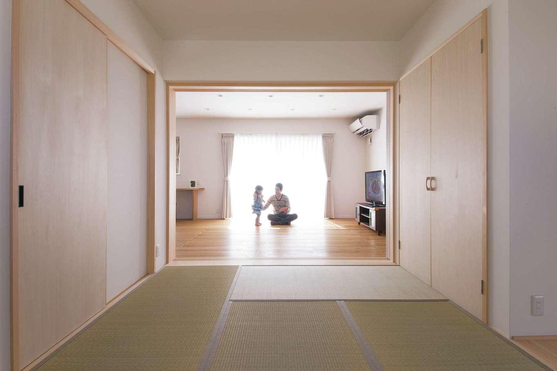 四季彩ひだまり工房 高田工務店【子育て、収納力、間取り】LDKに隣接する和室。繋げると広大なスペースに