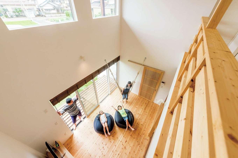 アトラス建設【デザイン住宅、自然素材、間取り】全室で自然素材を使うのが同社の標準仕様。しずおか優良木材を使った耐震等級3の構造、高断熱+太陽光システムでゼロエネを実現など、性能面も充実