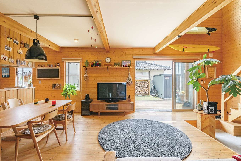 BESS浜松【子育て、収納力、インテリア】どこにいても家族の顔が良く見える広々としたリビングは、家の中なのに外にいるような開放感。この大空間が「BESS」の魅力